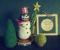 Primitive Snowman GOLD STAR SNOWMANa handcrafted by FolkArtWorks