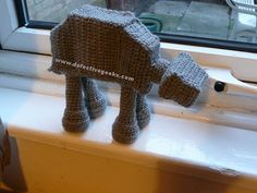 AT-AT free crochet pattern