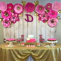 Paper Flower Backdrop Templates: How to Make a Paper Flower Backdrop