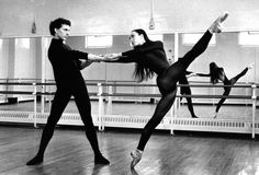 24hoursinthelifeofawoman:  Laurent Hilaire and Sylvie Guillem rehearsing at the Royal Ballet School, Britain circa 1992.