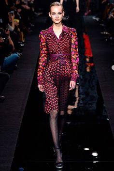 Diane von Furstenberg Ready to Wear F/W 2015 NYFW   GRAVERAVENS