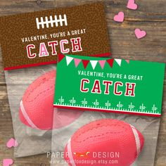 Valentine's Day Football Gift Bag Topper - DIY Printable - Kids - Football Cute from Etsy My Funny Valentine, Valentines For Boys, Valentine Treats, Valentine Day Crafts, Printable Valentine, Valentine Party, Valentinstag Party, Football Gift, Kids Football
