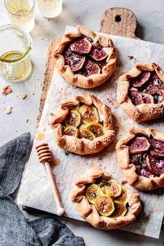 Dessert Crepes, Bojon Gourmet, Galette Recipe, Honey Pie, Gluten Free Pie, Fig Recipes, Flaky Pastry, Mini Desserts, Cookies Et Biscuits