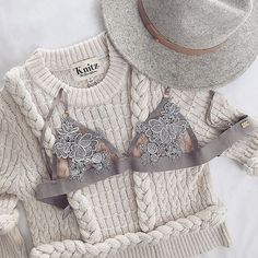 Well hello there, cable knit suspenders sweater. What's up oh-so-femme bralette? K Fashion, Fashion Outfits, Womens Fashion, Planet Fashion, Bohemian Fashion, Fashion Clothes, Mode Lookbook, Fall Outfits, Cute Outfits