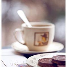 mmmm coffee and cookies