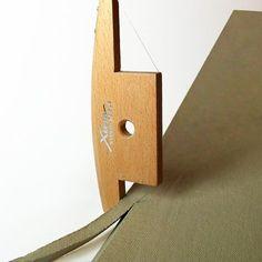 Le Xiem X-biseau est un outil dargile en céramique qui est conçu pour le découpage rapide et précis de largile à 45 - 30- et angles de 60 degrés. Cet outil de création de must-have vous permet de couper des coins sans couper les coins. Il est idéal pour les coutures sur les pièces fabriqué à la main et de bordure. ~ ~ ~ CE QUE VOUS OBTIENDREZ ~ ~ ~ 1 X Xiem biseau outil ~~~~~~~~~~~~~~~~~~~~~~~~~~~~~~~~~~~~~~~~~~~~~~~ ---------------------------------------------------------- Découvrez...