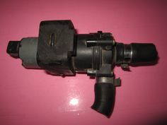 1998 UP MERCEDES BENZ ML CLASS Auxiliary Water Pump - Climate Control PLEASE CHECK THE PART NUMBER AND MATCH WITH YOUR OLD ONE. Product Fitment/Applications Mercedes ML 320  1997, 1998, 1999, 2000, 2001, 2002, 2003  Mercedes ML 350  1997, 1998, 1999, 2000, 2001, 2002, 2003, 2004, 2005  Mercedes ML 430  1997, 1998, 1999, 2000, 2001  Mercedes ML 500  1997, 1998, 1999, 2000, 2001, 2002, 2003, 2004, 2005  Mercedes ML 55 AMG  1997, 1998, 1999, 2000, 2001, 2002, 2003