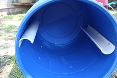 How To Build A Compost Tumbler Compost bin base - All For Garden Compost Barrel, Compost Soil, Organic Compost, Garden Compost, Organic Gardening, Diy Compost Bin, Vegetable Gardening, How To Compost, Herb Garden