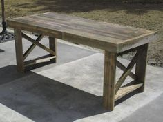 Making a table from discarded pallets - SURVIVE FRANCE NETWORK
