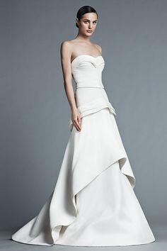 J. Medel vestido de novia colección Primavera - Verano 2015.