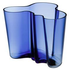 Alvar Aalto Vase 16cm, Ultramarin Bleu - Alvar Aalto - Iittala - RoyalDesign.fr