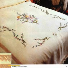 This Pin was discovered by Züh Flower Embroidery Designs, Hand Embroidery Patterns, Embroidery Stitches, Bed Sheet Curtains, Bed Sheets, Bed Sheet Sets, Bed Sheet Painting Design, Fabric Painting, Stitch Crochet