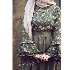 Wanna wear these types of dresses Abaya Fashion, Muslim Fashion, Modest Fashion, Skirt Fashion, Fashion Outfits, Fashion Muslimah, Hijab Evening Dress, Dresses For Hijab, Mode Abaya