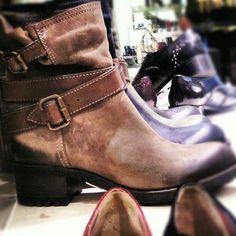 Ma dreamy boots..Cut!