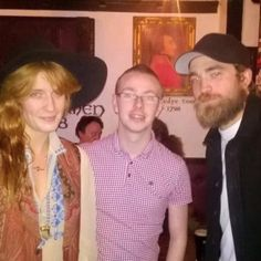 Pin for Later: Robert Pattinson Goes Bar Hopping With Florence Welch, Because Why Not?