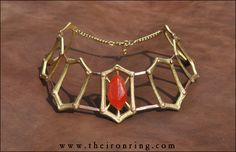 Melisandre's Necklace prop replica in brass and copper, inspired by The Games of Thrones, good for cosplay or collection