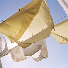 1000 images about clean fresh laundry on pinterest hand wash clothes the wind and egyptian - Wash white sheets keep fresh ...