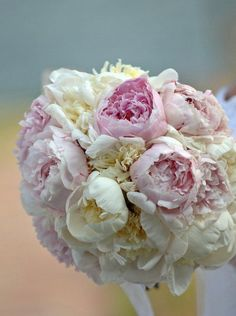 ROMANTIC AND GORGEOUS IDEAS FOR YOUR WEDDING FLOWERS