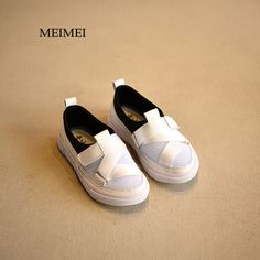 Cheap girl fashion sneakers, Buy Quality girls sneakers directly from China boys fashion shoes Suppliers: 2017 spring Fashion mesh breathing kids shoes low-cut sports children shoes travel boys shoes student girls sneakers Girls Sneakers, Boys Shoes, Sneakers Fashion, Fashion Shoes, Spring Fashion 2017, Childrens Shoes, Boy Fashion, Mesh, Slip On