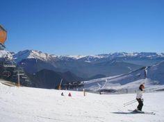 Imagen de Andorra la Vella, Región de Andorra la Vella (MarianaRibeiro, may 2010)