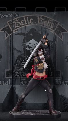 Katana statue, sculpted by Sam Greenwell.