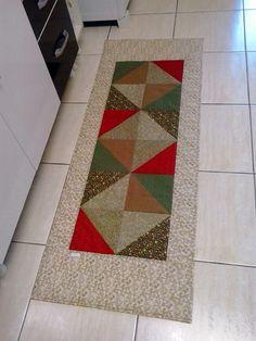 A mesma cliente que encomendou esse tapete aqui também encomendou um tapete de cozinha para sua mãe.   Como não recebi muitas informações ...