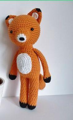Renard #crochet #faitmain #papaetmaman #faitmainpourenfantcestpapaetmaman http://www.papaetmaman.fr/renard-petit-prince-au-crochet-coton-decoration-chambre-enfant.html