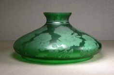 ANTIQUE LARGE VICTORIAN ACID ETCHED FLORAL GREEN GLASS KEROSENE LAMP SHADE