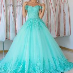 Ball Gown Lace Prom Dresses Appliques Sweetheart Cap Sleeve Quinceanera Dress