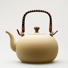 Boiling water kettle; Chinese GongFu TeaPot, $110  Capacity: about 1.6ml; width: about 20cm  Accessory of Chao Zhou Gongfu Tea set ( Stove) https://www.etsy.com/listing/279961678/