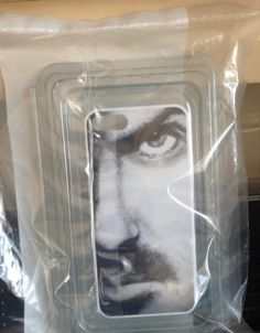 George Michael Lightweight iPhone 5/5s Case artformybrother exclusive!http://stores.ebay.co.uk/artformybrother?_trksid=p2047675.l2563