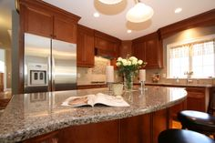 Kitchen Designs. What Are The New Trends In Kitchens?: New Cool Modern Kitchen Design With White Ceiling Completed With Awesome Design Lamp On The Ceiling And Fantastic Conuntertop ~ Niabai ✿