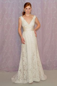Usually not a huge fan of lace dresses, but I love this one!