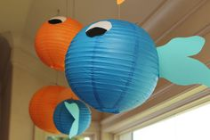 FIND LITTLE/MINI LANTERS AND MAKE THESE FOR THE MAIN CENTERPIECES Goldfish themed birthday party