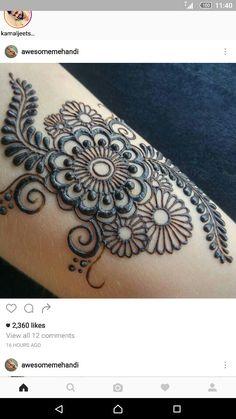 Mehndi design Plus Mehndi Designs For Girls, Henna Designs Easy, Beautiful Henna Designs, Latest Mehndi Designs, Bridal Mehndi Designs, Bridal Henna, Mehndi Tattoo, Henna Tattoo Designs, Henna Mehndi