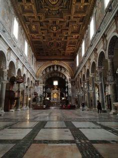 Interno Basilica di Santa Maria in Aracoeli, Roma