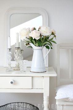 shabby f r den garten sch n garten veranda pinterest shabby und garten. Black Bedroom Furniture Sets. Home Design Ideas