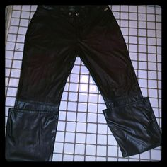 Vintage Guess Jeans These Jeans have soft like fleece lineing They are 100% polyester 31 long And have pleats They look and feel like real leather. Are to big for me. Have never been Worn and they are SO soft. Guess Jeans Skinny