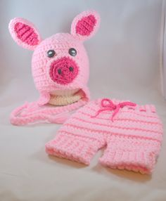Pig Hat and Short Set - Piglet Photo Prop - Newborn Hat and Shorts - Newborn Photo Prop - Baby Shower Gift - Coming Home Outfit - Farm Baby by stewiecakes on Etsy