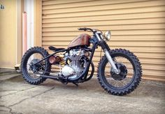 Great looking tracker/bobber Honda Bobber, Xs650 Bobber, Bobber Bikes, Harley Bobber, Cafe Racer Motorcycle, Moto Bike, Cool Motorcycles, Vintage Motorcycles, Motorcycle Quotes