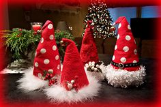 diy Santa Hats great centerpiece idea !!