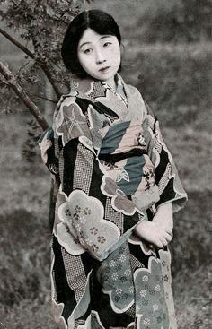 Japan, 1920's-30's. °