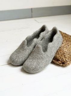 Felted slippers for women in gray color wool- natural material indoor shoes