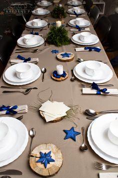 stół w skandanawskim stylu