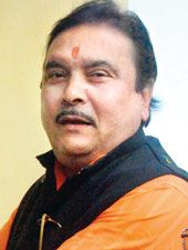 Was it really Sudipto Sen who wrote the letter to the Central Bureau of Investigation spilling out details of the Saradha scam that he masterminded. The Central Bureau of Investigation does not bel...