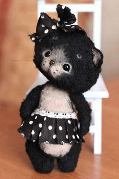 Kitten Blackie by By Vyruchaeva Nadehzda | Bear Pile