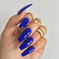 ⛴ ALL NAILS ON DECK ⚓️DYING FOR THESE #FLOSSGLOSS 'EL CAPITAN' NAILS ON BBGRL @victoriaoliviaxo ⛴ SHOP FLOSSGLOSS.COM LINK IN BIO! ⚓️ ✨⚓️⛴