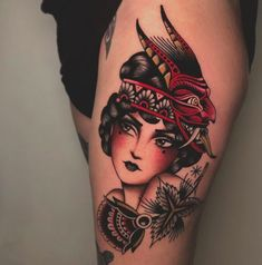 Search inspiration for an Old School tattoo. Pin Up Girl Tattoo, Pin Up Tattoos, Head Tattoos, Badass Tattoos, Body Art Tattoos, Tattoo Ink, Traditional Tattoo Girls, Traditional Tattoo Flowers, Traditional Tattoo Old School