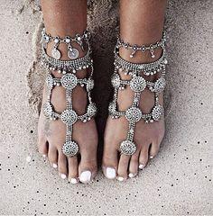 Indian Foot #Jewelry in Silver, perfect for #Boho Beach Wedding, via http://www.MissMalini.com/2014/05/12/bandraroad-loves-instagram-favourite-pics-week-2/