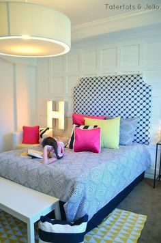 Tween Black and White Bedroom Reveal! #inawaverlyworld